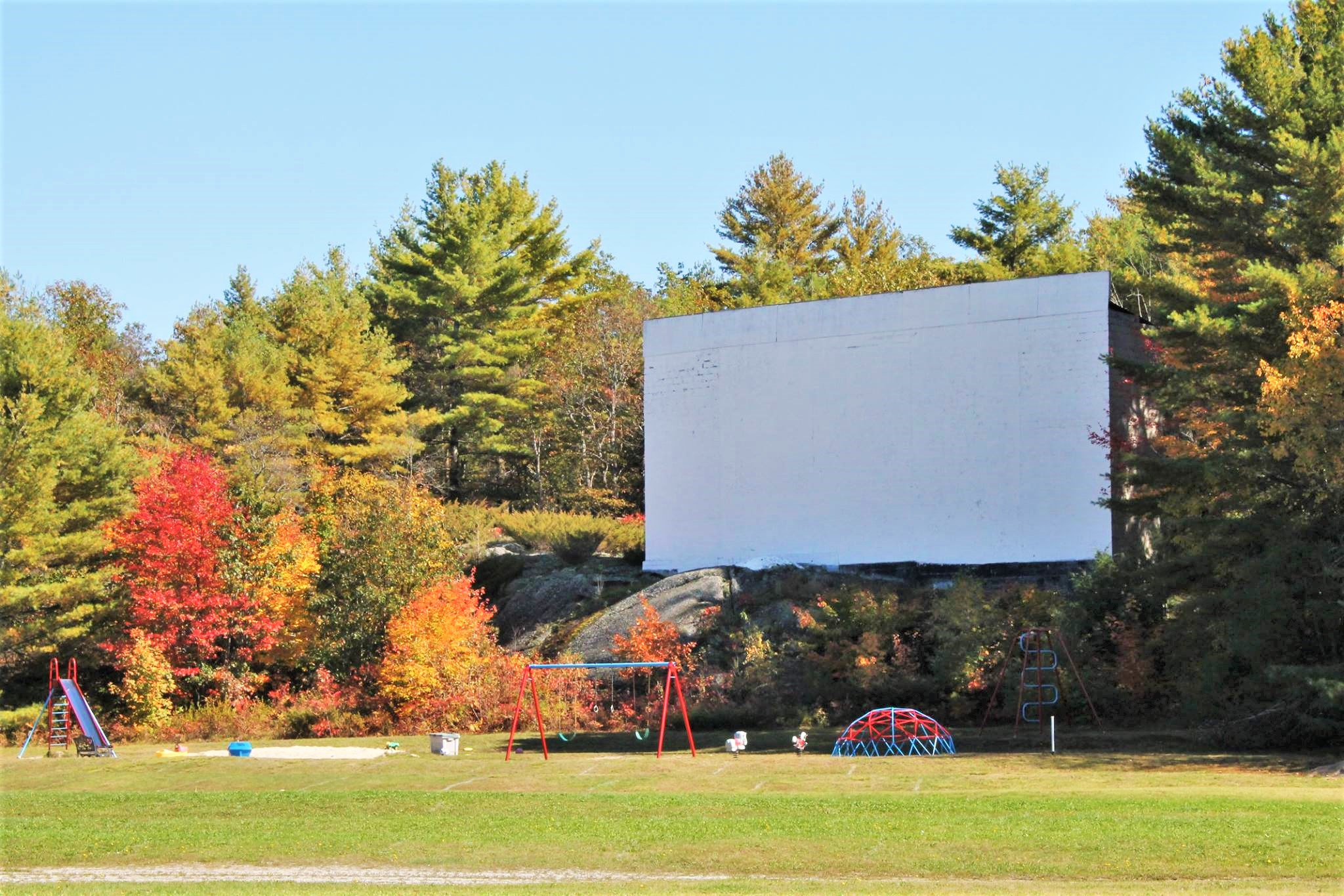 #MBWShoutOuts Week 17: The Muskoka Drive-In Theatre